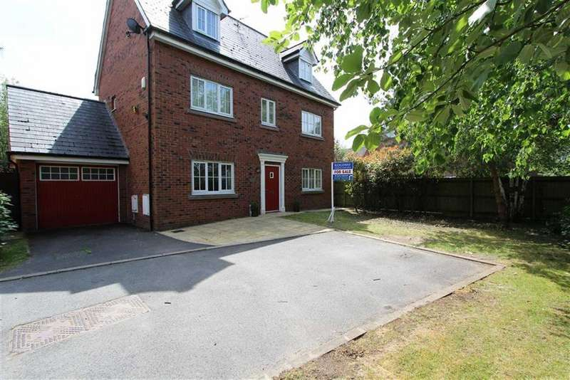 5 Bedrooms Detached House for sale in Farcroft Close, Lymm, Cheshire