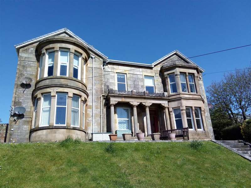 3 Bedrooms Flat for sale in 8 Bute Terrace Flat 2 (ground right) Millport