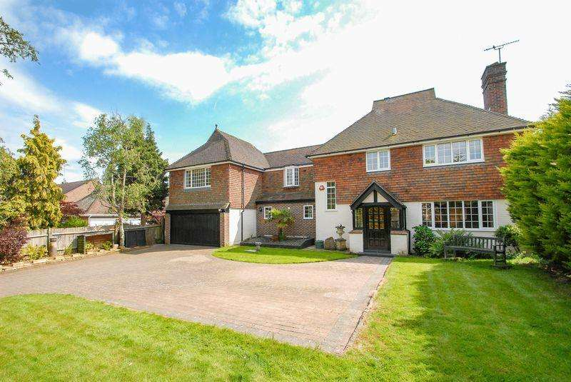 5 Bedrooms Detached House for sale in Lewes Road, Ditchling