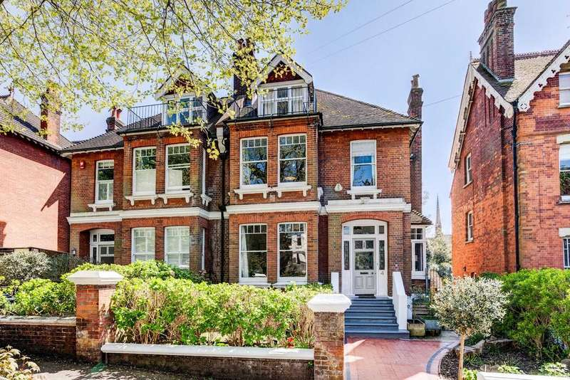 6 Bedrooms Semi Detached House for sale in Harrington Road, Preston Park, Brighton