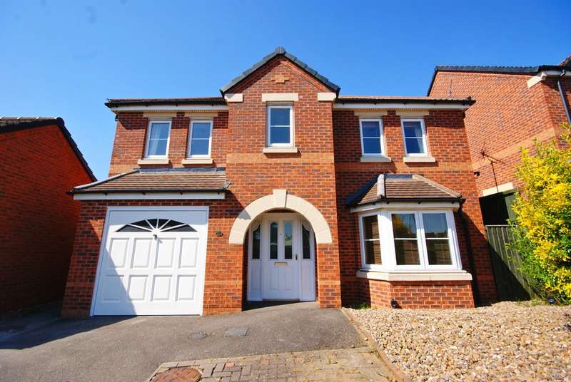 4 Bedrooms Detached House for sale in Berilldon Drive, Lincoln LN1