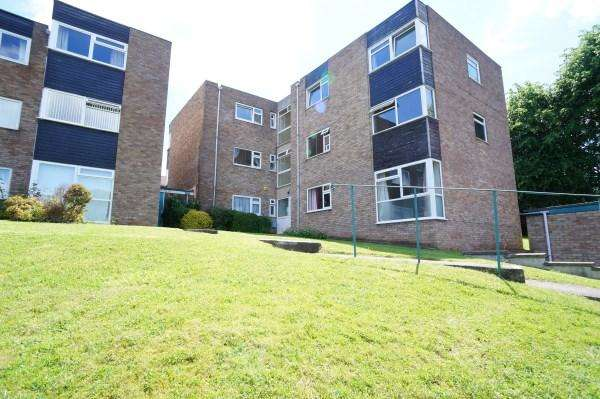 1 Bedroom Apartment Flat for sale in Overnhill court, Downend, Bristol, BS16 5DL