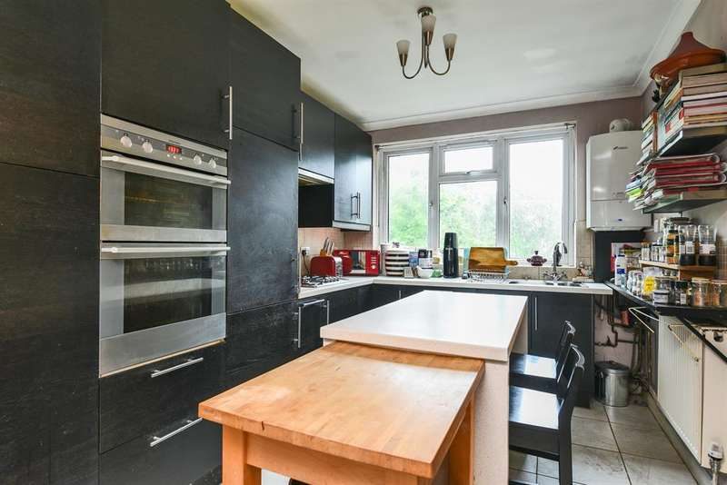 1 Bedroom Flat for sale in Canadian Avenue, London, SE6 3AU