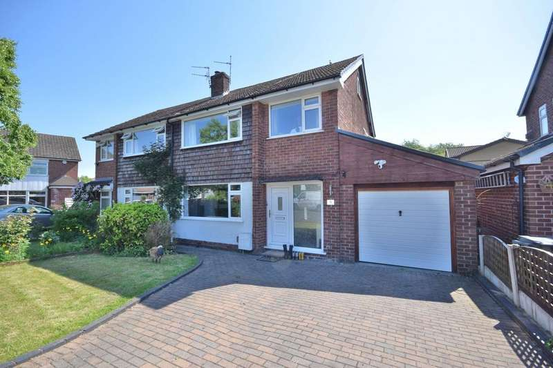 3 Bedrooms Semi Detached House for sale in Haseley Close, Poynton