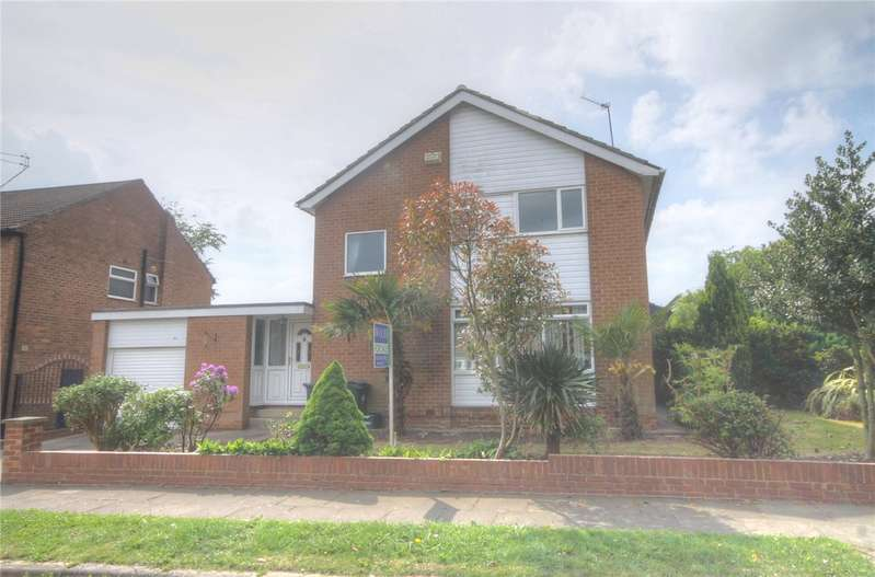 3 Bedrooms Detached House for sale in Carroll Road, Darlington, DL3