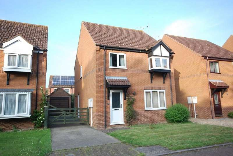 3 Bedrooms Detached House for sale in St. Leonards Close, Woodhall Spa
