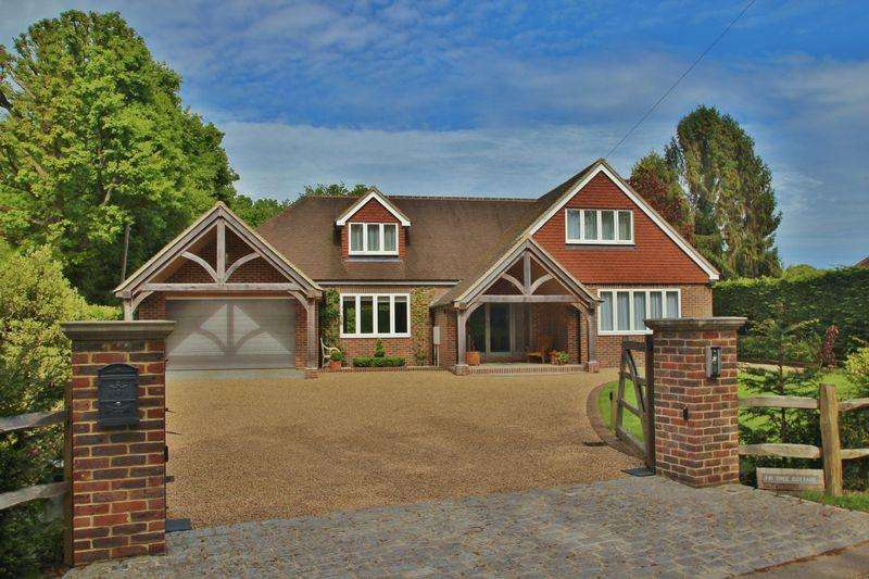 3 Bedrooms Detached House for sale in The Warren, Mayfield
