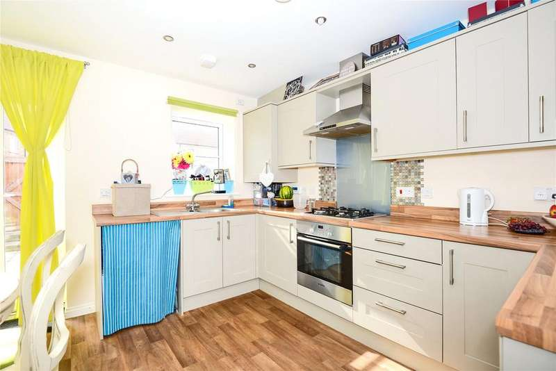 2 Bedrooms Terraced House for sale in Station Street, Holbeach, PE127LF