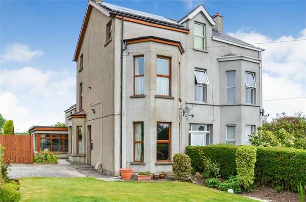 5 Bedrooms Semi Detached House for sale in Bryansburn Road, Bangor, County Down