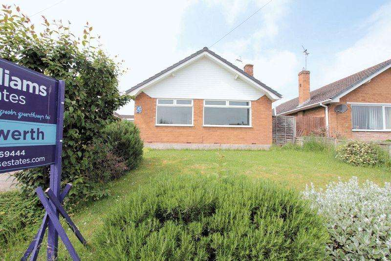 3 Bedrooms Detached Bungalow for sale in Ronaldsway, Bodelwyddan