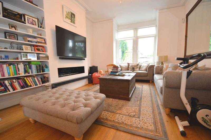 5 Bedrooms Terraced House for sale in Beaconsfield Road, London