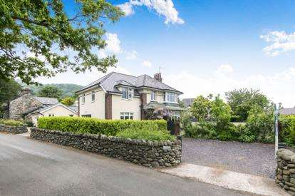6 Bedrooms Detached House for sale in Rowen, Conwy, LL32