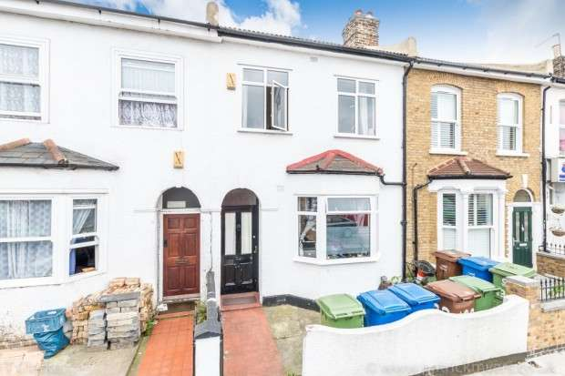 4 Bedrooms Terraced House for sale in Brayards Road, Nunhead, SE15