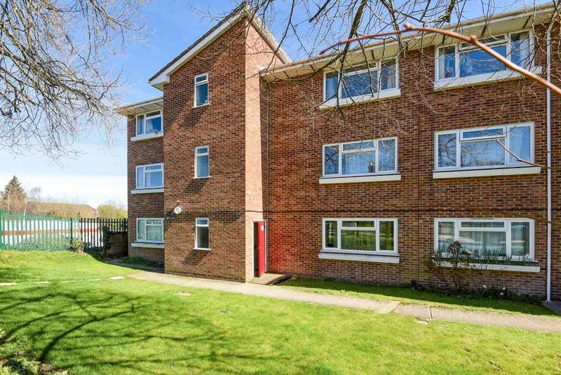 1 Bedroom Flat for sale in Boundary Road, Newbury, RG14