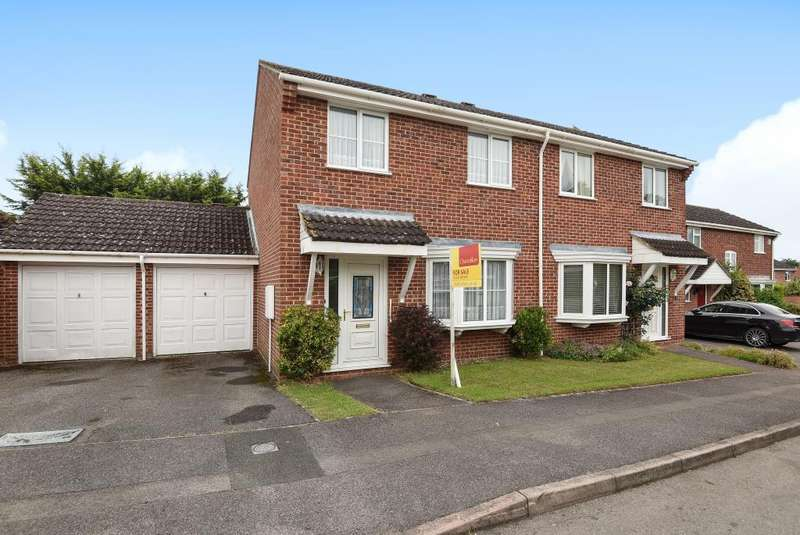 3 Bedrooms House for sale in Fromont Drive, Thatcham, RG19