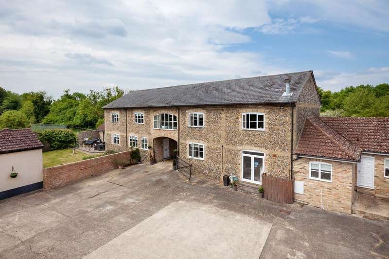 9 Bedrooms Farm House Character Property for sale in Flint Barn, Snailwell, Newmarket CB8 7LX