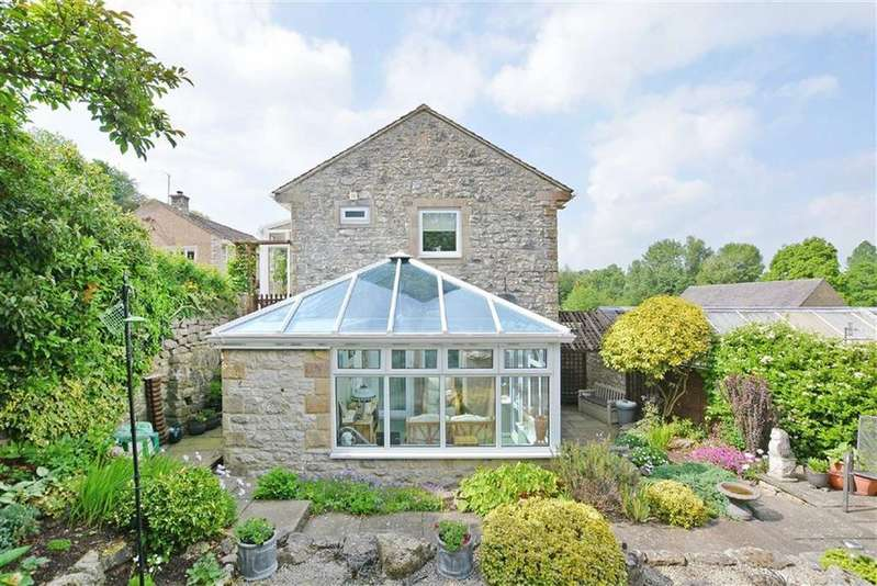 3 Bedrooms Detached House for sale in Garden House, Undercliffe, Bakewell, Derbyshire, DE45