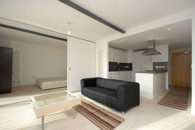 3 Bedrooms Apartment Flat for sale in Hallings Wharf, Channelsea Road, Hallings Wharf, E15