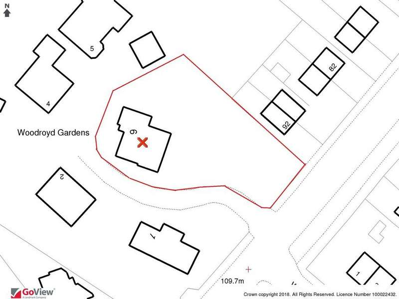 3 Bedrooms Detached Bungalow for sale in Woodroyd Gardens, Wombwell, Barnsley S73