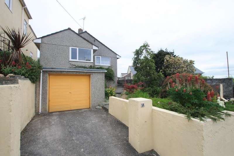 2 Bedrooms Detached Bungalow for sale in Glebe Avenue, Saltash, Cornwall