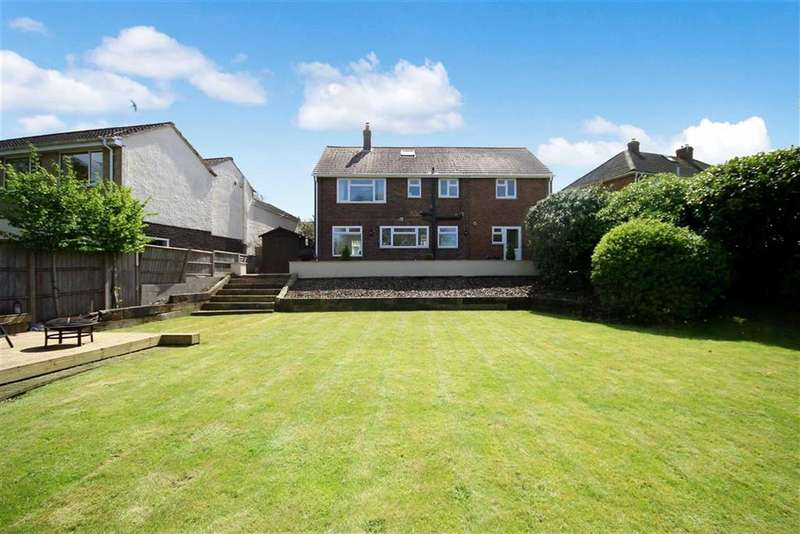 4 Bedrooms Detached House for sale in Sandringham Road, Lawn, Swindon