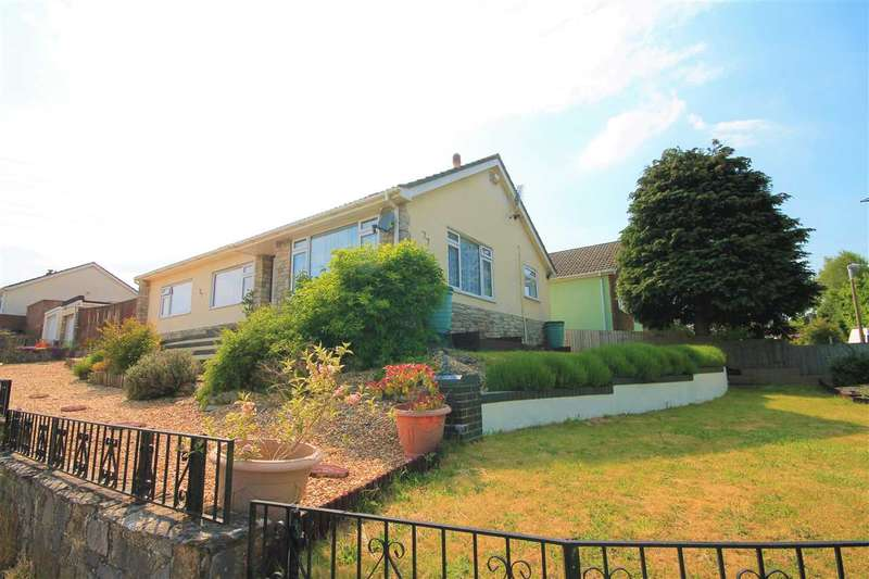 3 Bedrooms Bungalow for sale in St Brelades Avenue, Poole