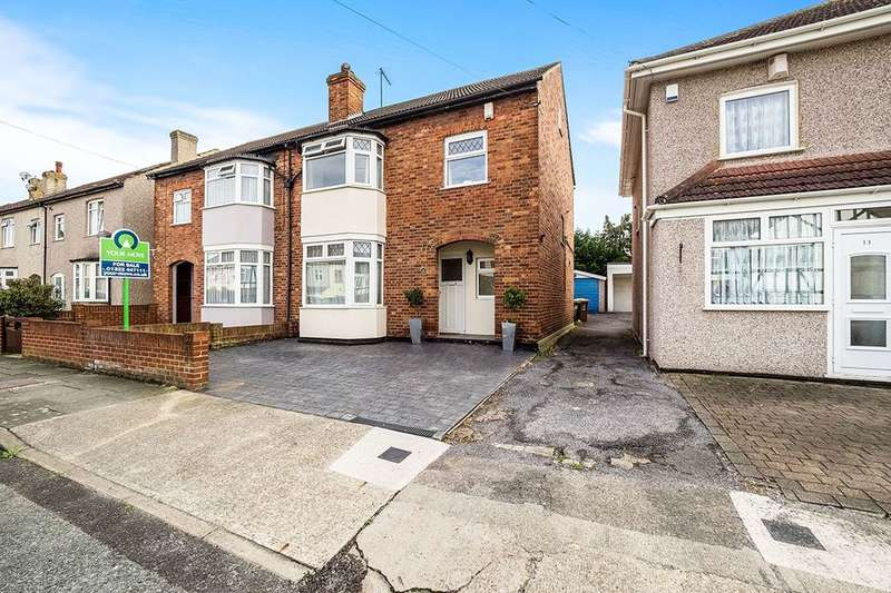 3 Bedrooms Semi Detached House for sale in The View, Abbey Wood , London, SE2