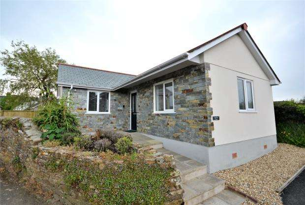 2 Bedrooms Detached Bungalow for sale in Zaggy Lane, Callington, Cornwall
