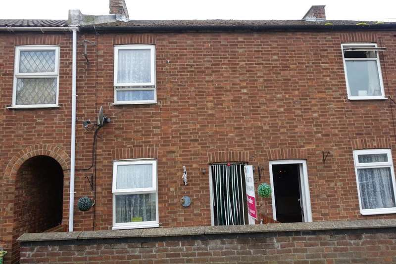 3 Bedrooms Terraced House for sale in Chase Street, Wisbech, Cambs, PE13 3AU