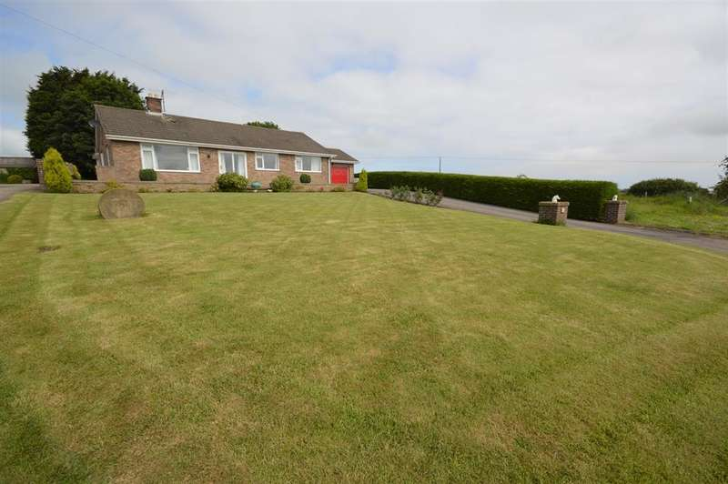 4 Bedrooms Detached Bungalow for sale in Northgate, Hunmanby, Filey, YO14 0PA