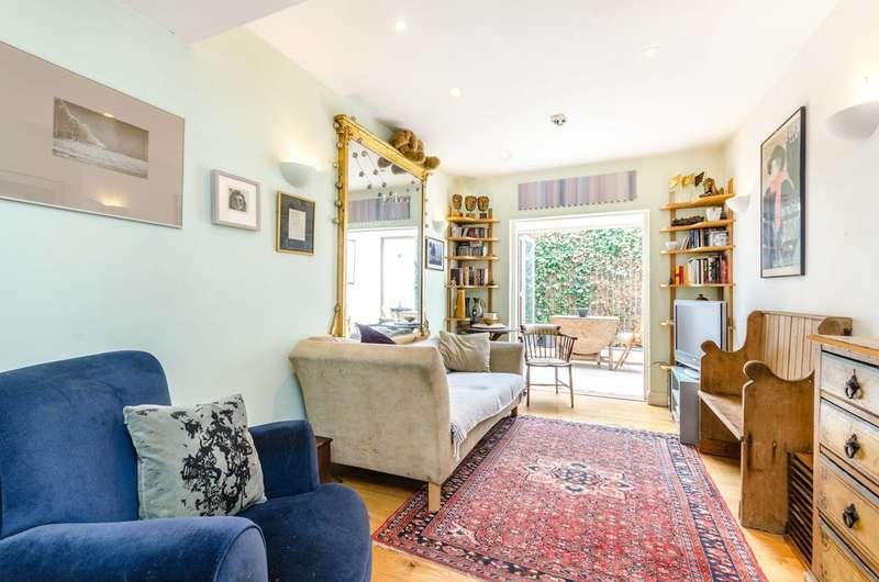 2 Bedrooms Terraced House for sale in Blenheim Grove, Peckham Rye, SE15