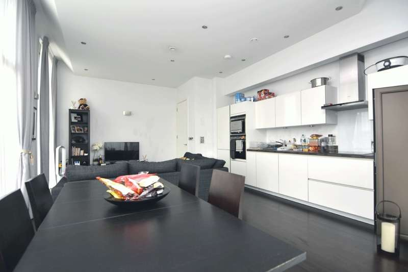 2 Bedrooms Apartment Flat for sale in Regent Canalside Camden Road, Camden Town, NW1