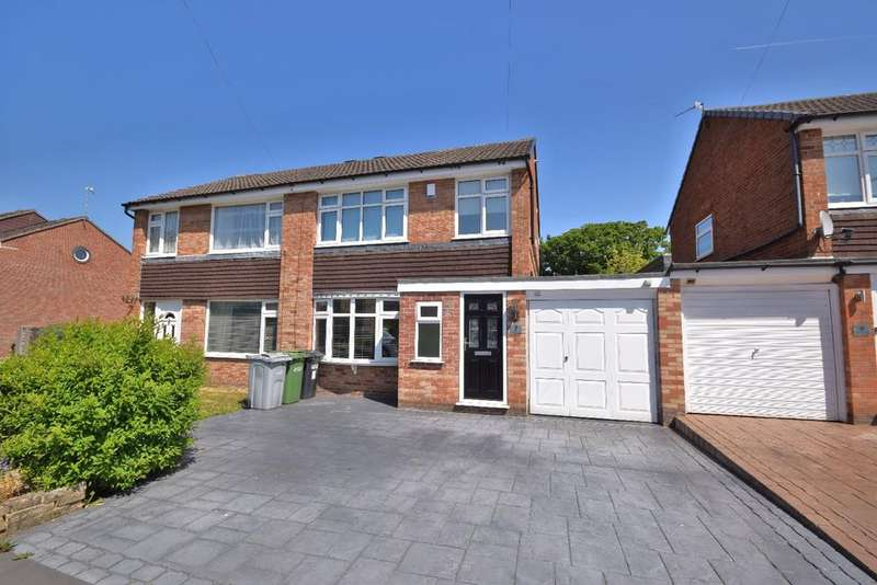 3 Bedrooms Semi Detached House for sale in Graymarsh Drive, Poynton