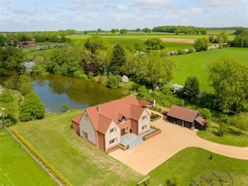 7 Bedrooms House for sale in Hockering, Dereham, NR20