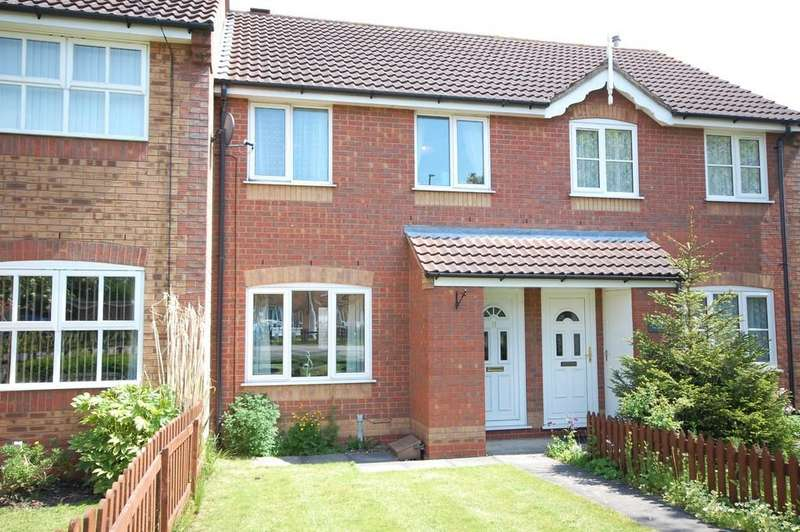 3 Bedrooms Terraced House for sale in Cordeaux Close, Louth