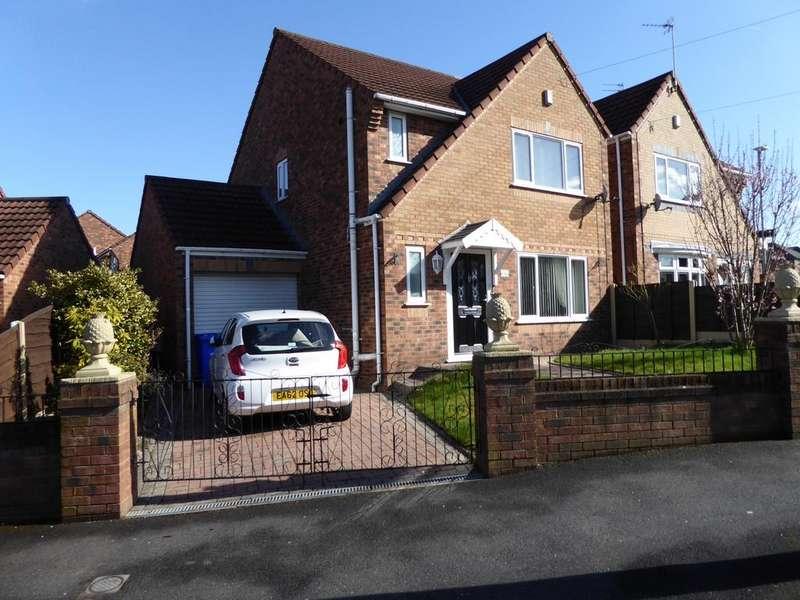 3 Bedrooms Detached House for sale in Greenside Lane, Droylsden, M43