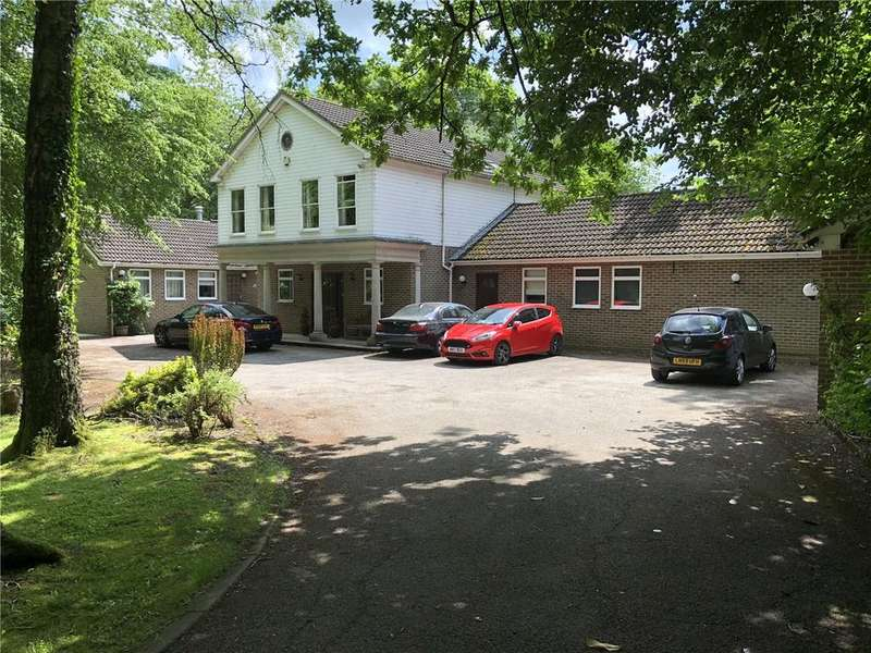 6 Bedrooms Detached House for sale in Oldhill Wood, Studham, Bedfordshire