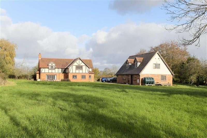 3 Bedrooms Detached House for sale in Prees Wood, Nr Whitchurch, SY13