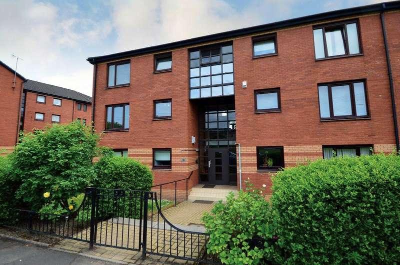 2 Bedrooms Flat for sale in Flat 4, 30 Ayr Street, Springburn, Glasgow, G21 4DG