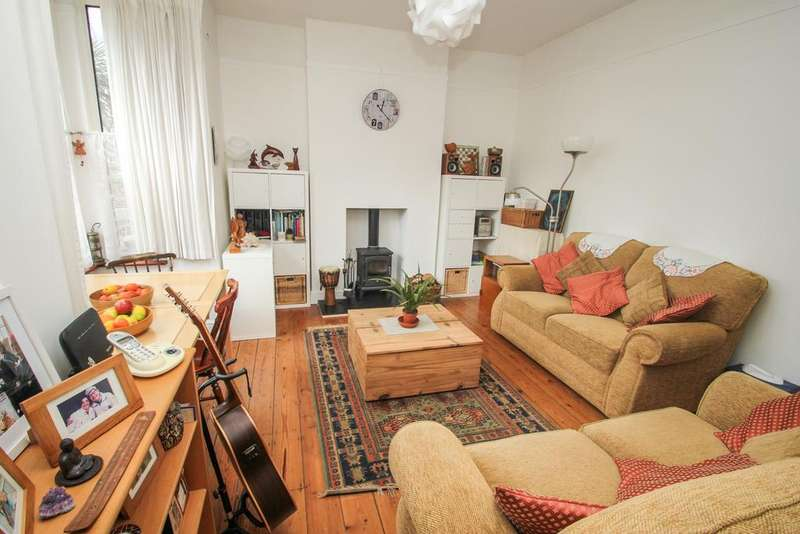 1 Bedroom Flat for sale in Colworth Road, Upper Leytonstone, London, E11