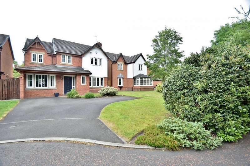 4 Bedrooms Detached House for sale in Chichester Close, Sale