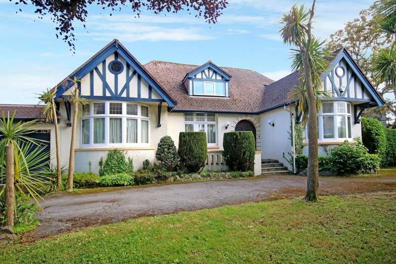 6 Bedrooms Detached House for sale in St Georges Crescent, Torquay, TQ1