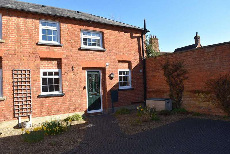 2 Bedrooms End Of Terrace House for sale in The Old Stable Yard, Horn Street