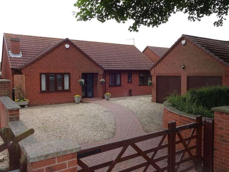 3 Bedrooms Property for sale in Field Farm Lane, Metheringham, Lincoln
