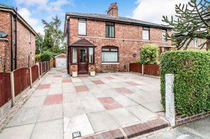 3 Bedrooms Semi Detached House for sale in Hulme Road, Sale, Trafford, Greater Manchester