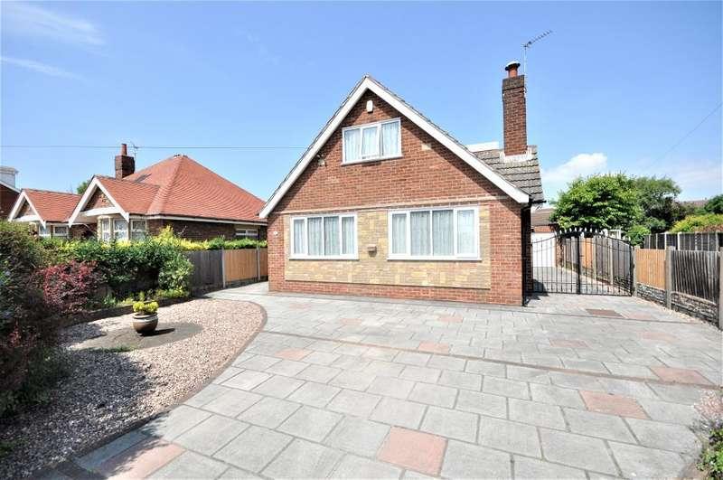 3 Bedrooms Detached House for sale in Poulton Old Road, Blackpool, Lancashire, FY3 7LJ