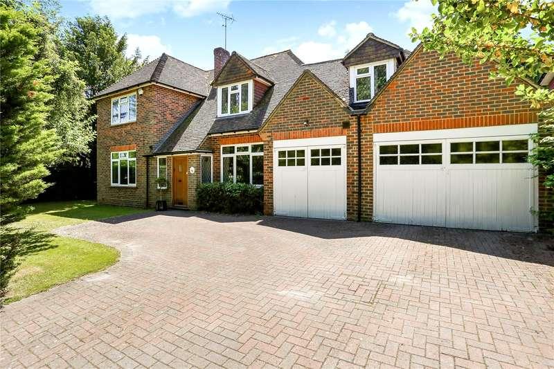 5 Bedrooms Detached House for sale in Tilford Road, Farnham, Surrey, GU9