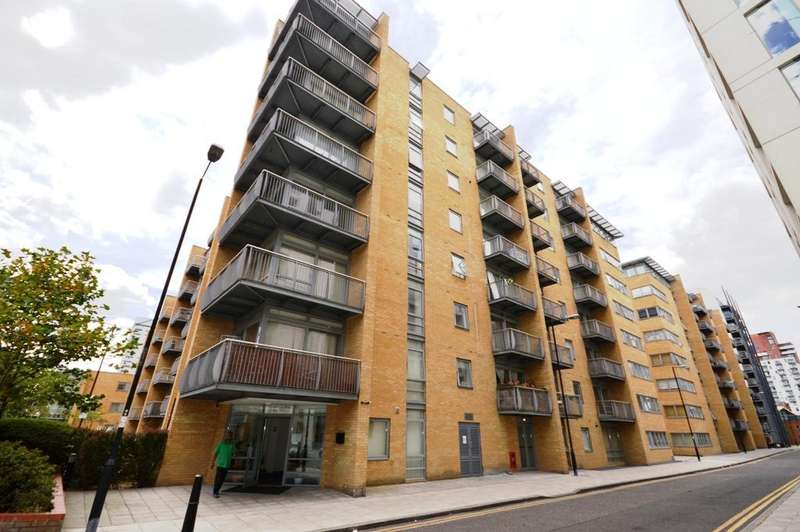 2 Bedrooms Flat for sale in Moore House, Canary Central