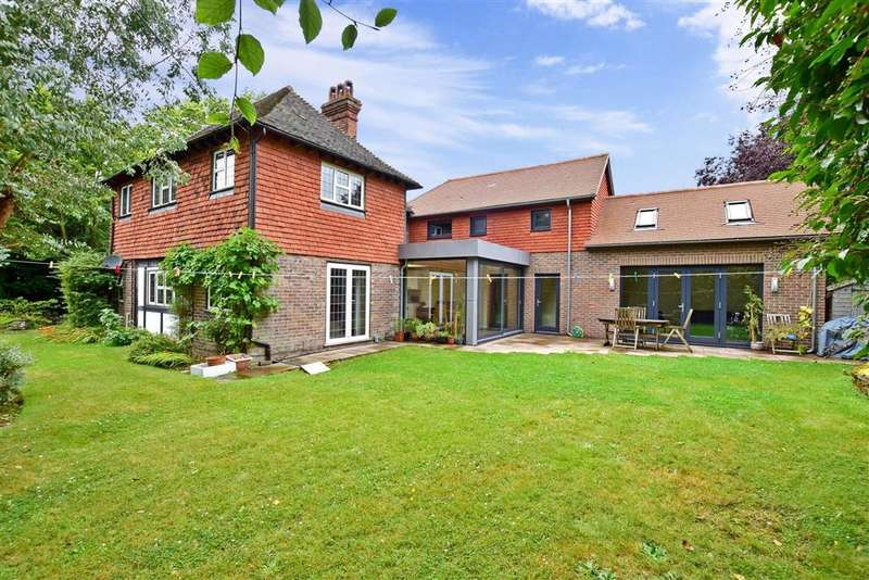 5 Bedrooms Detached House for sale in Grange Road, , Uckfield, East Sussex