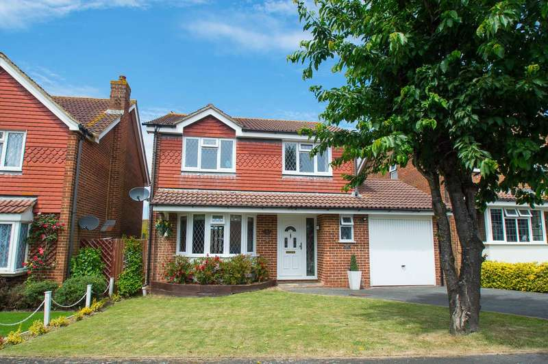 4 Bedrooms Detached House for sale in Eskdale Close, Eastbourne